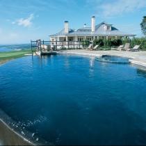 Want to develop start open build construct buy renovate luxury hotel resort spa in Goa Mumbai Pune